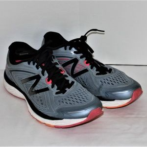 EUC LADIES NEW BALANCE 860 v8 SHOES - SIZE 9 1/2